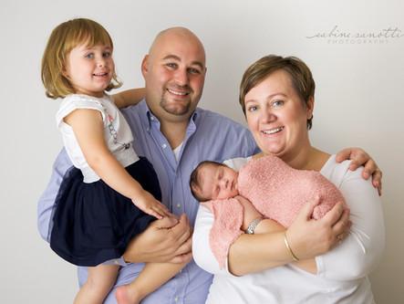 Luisa & die ganze Familie - Neugeborenenshooting in Bad Homburg