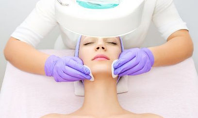 Deep Pore/ Dermabrasion facial and skin evaluation facial