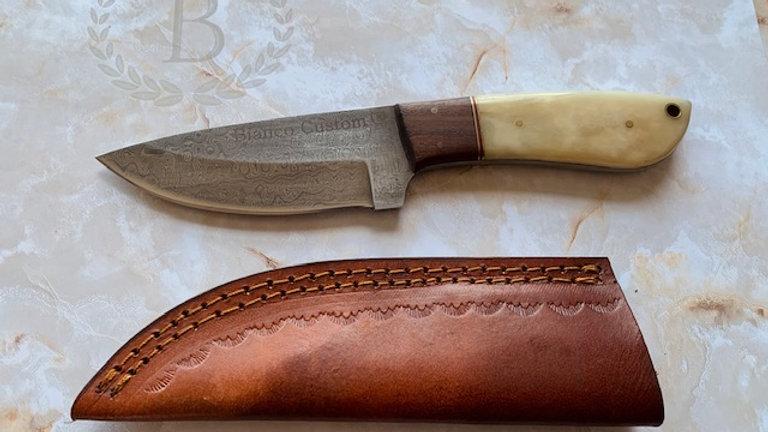 BI-94101: Damascus Steel Hunter W/ Leather sheath