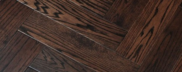 black-grained-oak-herringbone-wood-floor