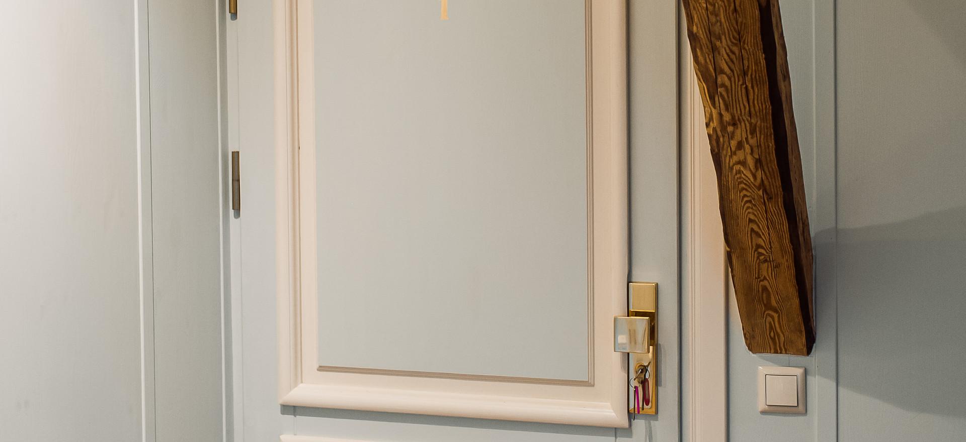 Luksus numura durvis