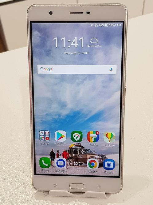 """Asus ZenFone 3 Ultra 6.8"""" (ZU680KL)"""