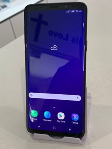 Samsung Galaxy S9 64GB (Brand new condition)