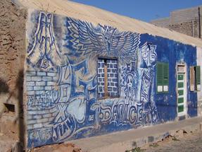 Különféle feliratok Espargos városában, szintén Zöldfoki szigetek, ezúttal Sal szigetén.