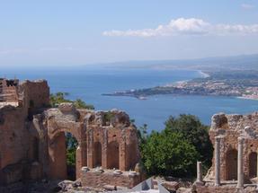 Taorminai görög színház-kicsit más szögből.
