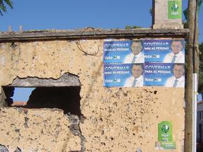 Fogo szigetén ottjártunkkor éppen heves választási kampány dúlt. Ez a sziget a Zöldfoki szigetcsoport leginkább vulkanikus tagja, nem nagy jövő itt nyerni…
