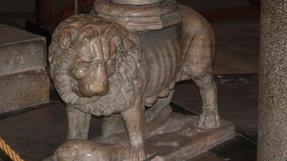 Lisszaboni oroszlán a Jeronimo-kolostorból.