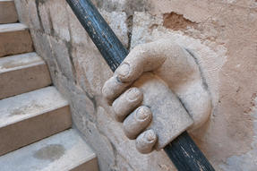 Dubrovniki lépcsőkorlát analóg rögzítéssel.