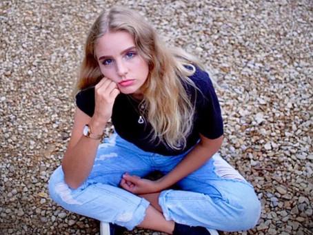 "JUŁIA Releases New Pop Bop, ""Mine"""