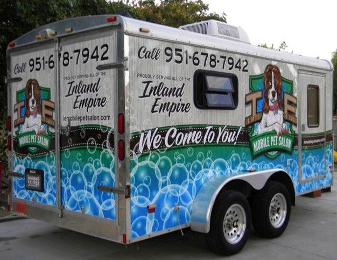 grooming trailer.jpg