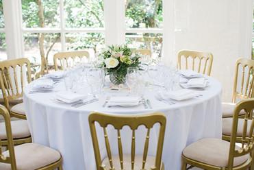 Table layup photo credit Lucy_Davenport_Photography