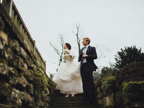 Been proposed to this winter and want to have winter wedding? Our guest blogger Maxine from Eltham P