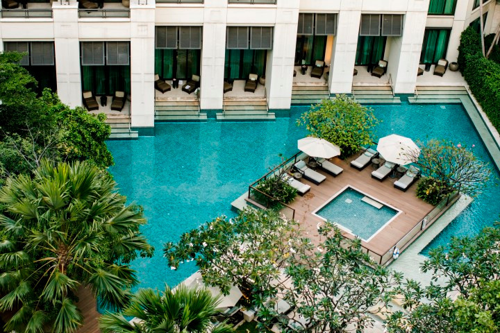 Siam Kempinski Hotel Bangkok_Swimming Pool