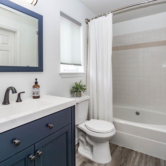 Coeur d'Alene Place Bathroom