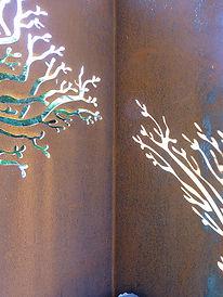 bottle-tree-close-up.jpg