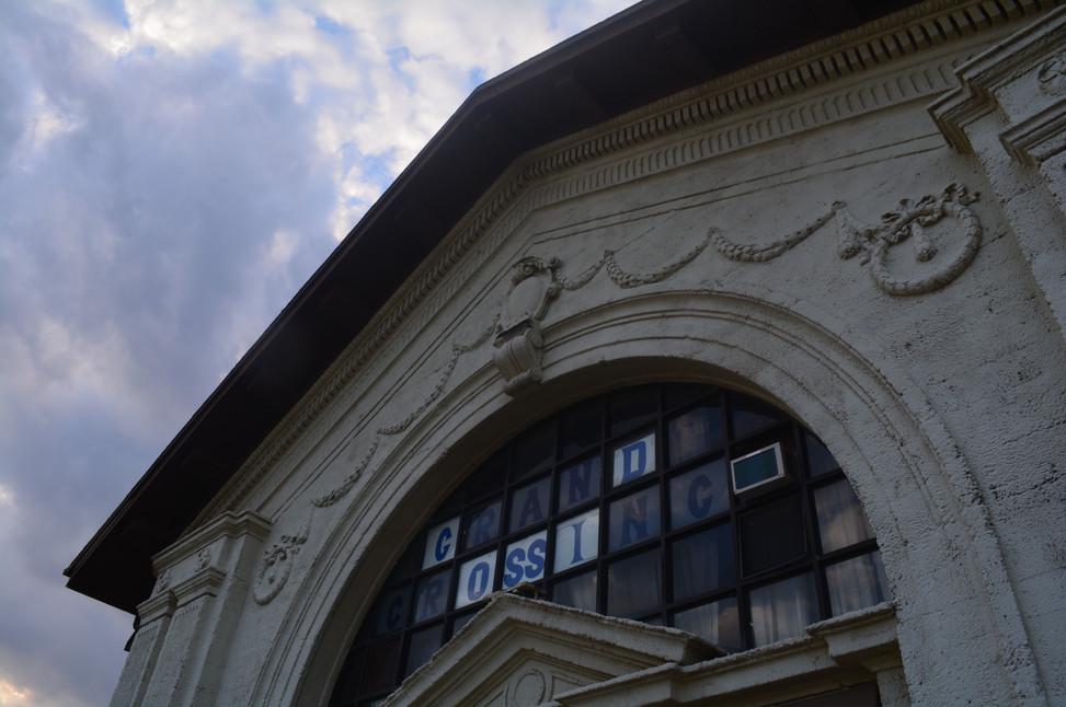 Grand Crossing Park Fieldhouse Exterior