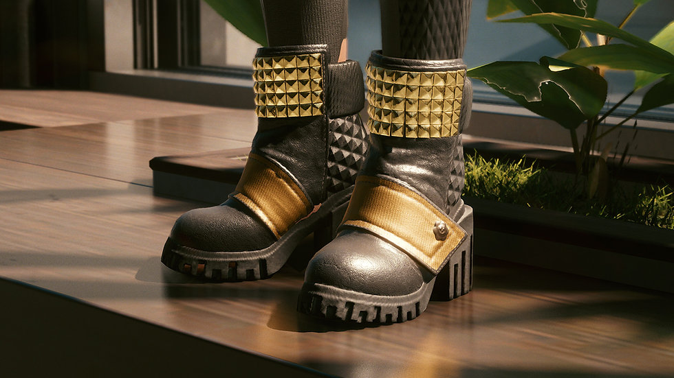 Street Queen Platform Boots with Reinforced Stitching