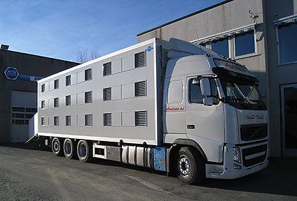 Dyretransport bil fra Aunes Karosseriverksted
