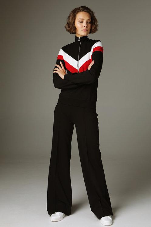 Чёрный костюм с олимпийкой