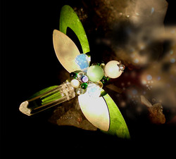 dragonfly brooch by Space Mermaid