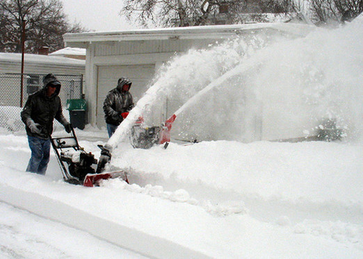 BuyingSnowblower.jpg