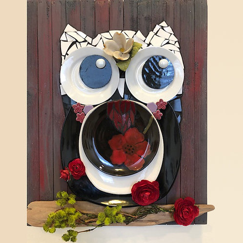 Red Owl Plate Wall Mosaic