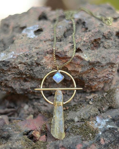 Calcit-Mondstein Halskette