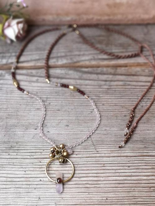Rosenquarz-Granat Halskette