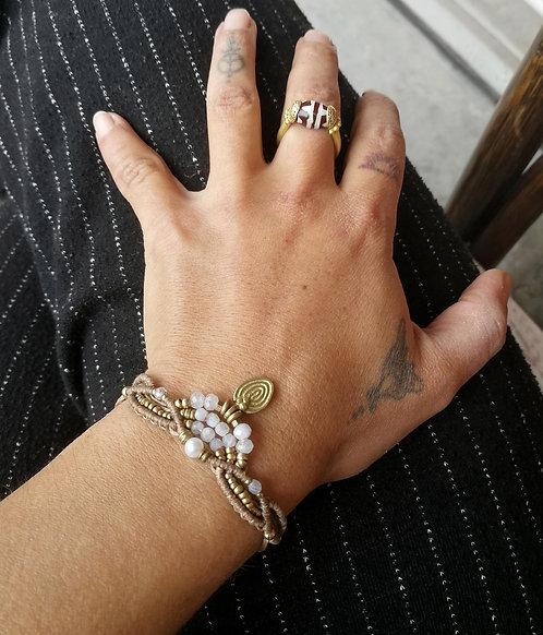 Mondstein Armband