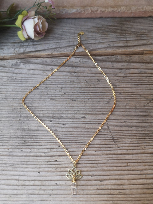 Feine Halskette Bergkristall~Lotus