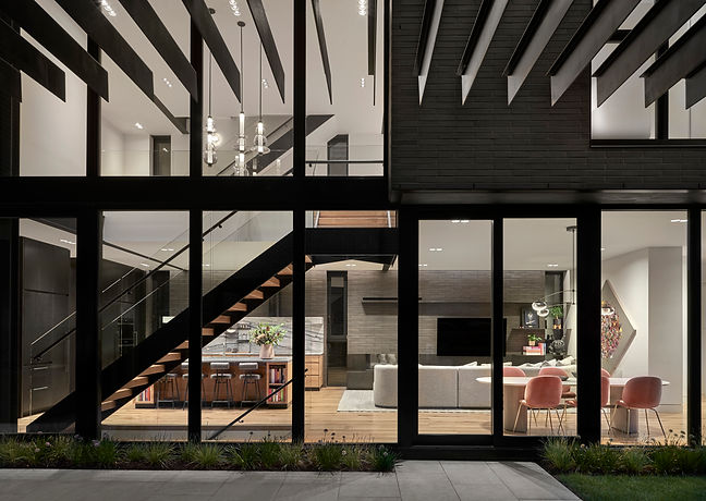 GILD_LincolnParkIII_Exterior4