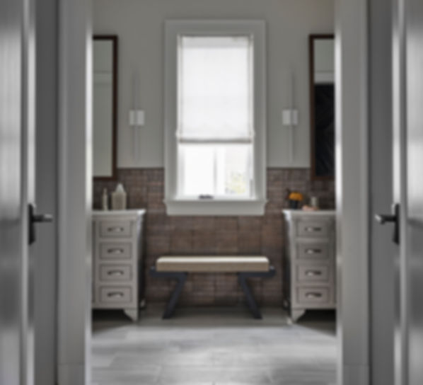 GILD_HoweStreet_FL2_MasterBath_1.jpg