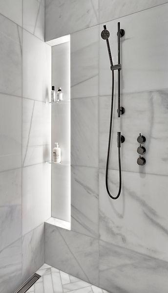 GILD_LincolnParkIII_Bathroom1