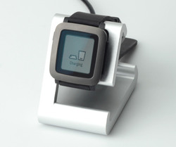 TimeDock Silver with Pebble Time Smartwatch