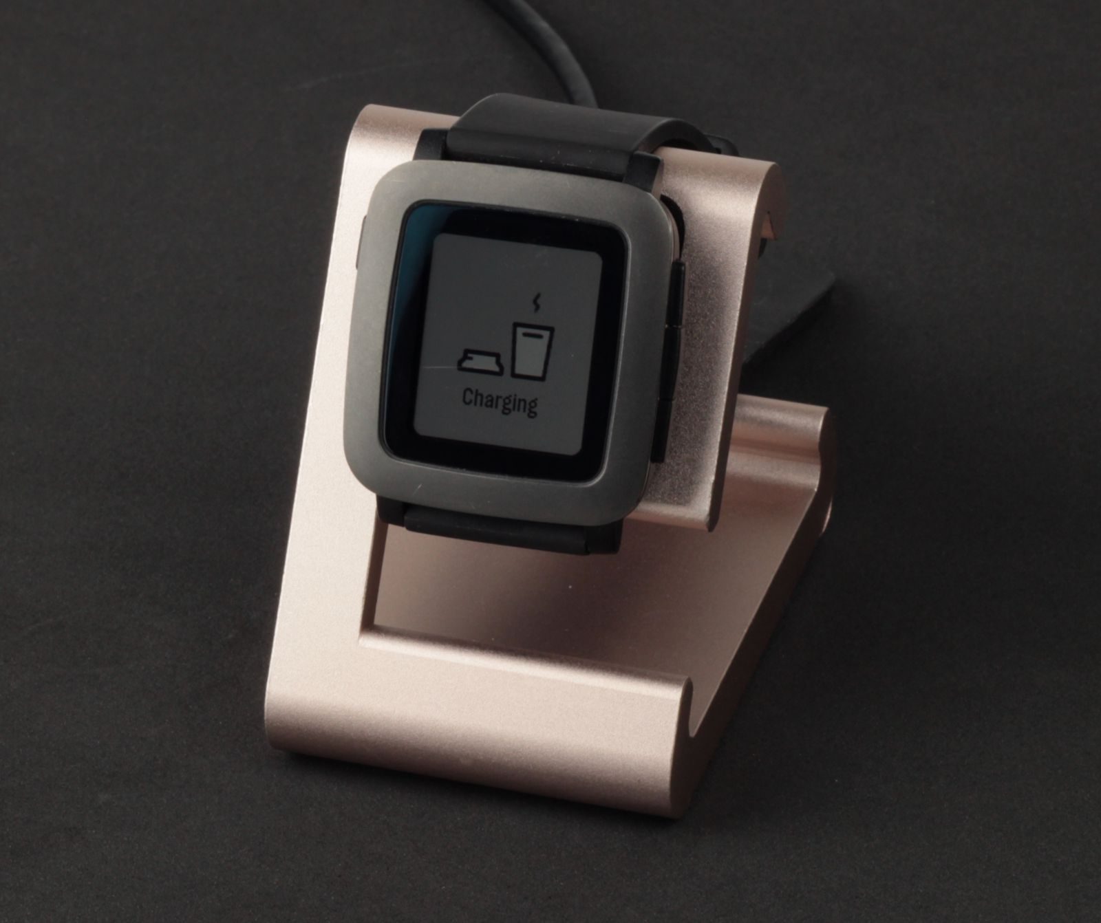 TimeDock Rose Gold with Pebble Time Smartwatch