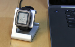 Pebble Time Charging
