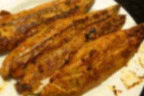 Sierra en salsa de coco y limón, filete de pescado, pescado, salsa de coco, limón, pescado en salsa
