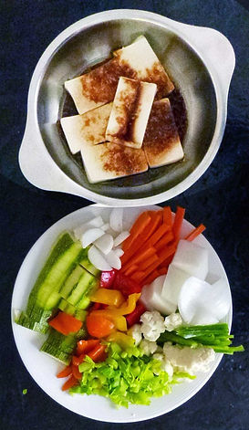 Verduras fritas estilo chino con tofu marinado, tofu marinado, verduras estilo chino, verduras fritas