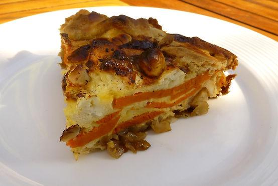 pie de camote, feta y avellanas, quiche de camote, camote, queso feta, cebolla caramelizada, nueces, avellanas, platillo fuerte, platillo principal, platillo vegetariano
