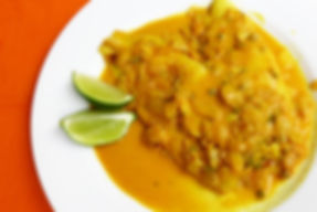 filete de pescado salsa de curcuma, Salsa de cebolla ajo y jengibre, leche de coco, puré de jitomate, cebolla ,a ajo, cúrcuma, pescadoblanco, platillo de pescado, pescado cocido sin grasa