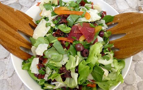 Ensalada de habas al italiana, ensalada de habas, ensalada italiana, aderezo de anchoas, ensalada, platillo completo