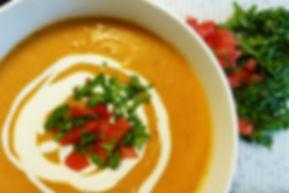 sopa picante de camote, sopa picante, sopa de camote, sopa de camote con cacahuate, cacahuate, camote, entrada, sopa de verdura