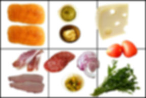 Sándwich Deli con una variedad de carnes frias