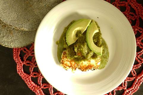 guacamole, aguacate, nopales con queso, nopales con salsa verde queso dorado