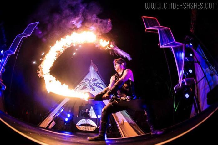 brisbane-fire-show-1.jpg