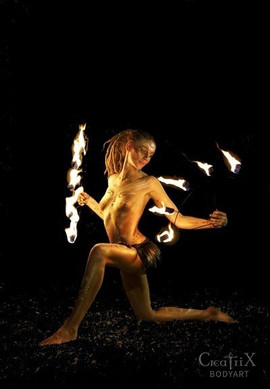 Fire-show-byron-bay-1.jpg