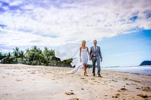 Palm Cove Destination Wedding - Mel Panteli Macedon Ranges Wedding Photographer