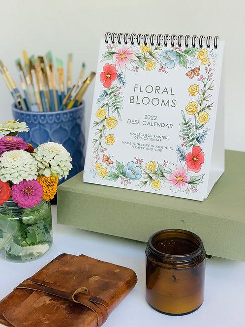 2022 Floral Blooms Desk Calendar