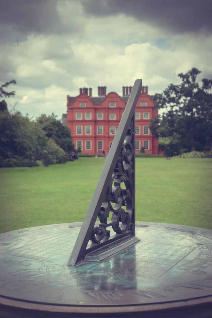 Kew Sun Dial .jpg