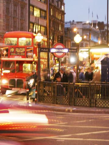 blury bus.jpg